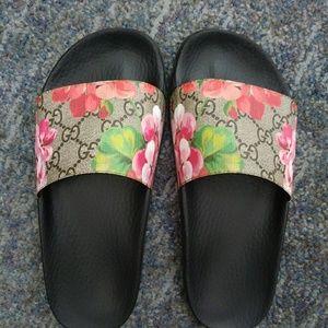 GUCCI Floral slide sandals 36/6
